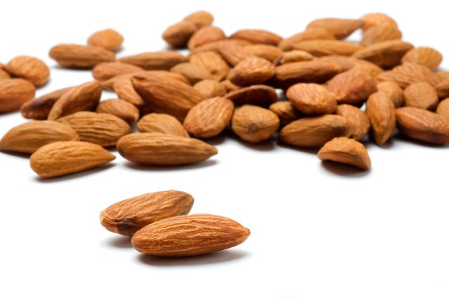 Benefits of Magnesium - Almonds are a good source of Magnesium